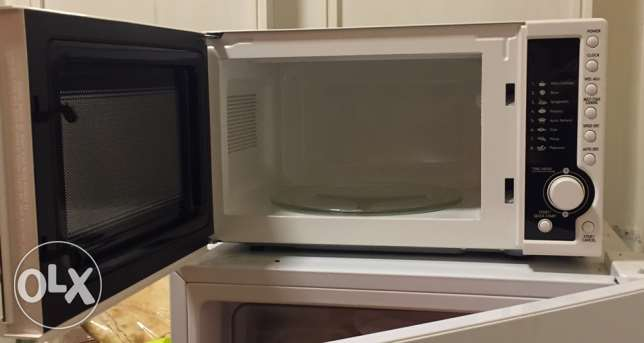 microwave campomatic barely used