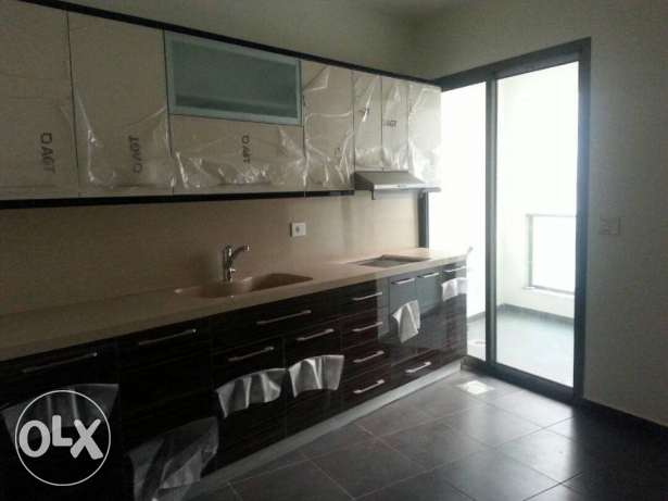 190 sqm New Apartment for Sale in Ain El Mrayse 2nd floor 590,000$