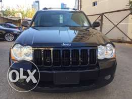 2010 grand Cherokee clean carfax ( mint condition)