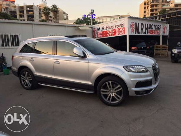 Audi Q7 2008 Silver Premium Package with Facelift Like New! بوشرية -  4