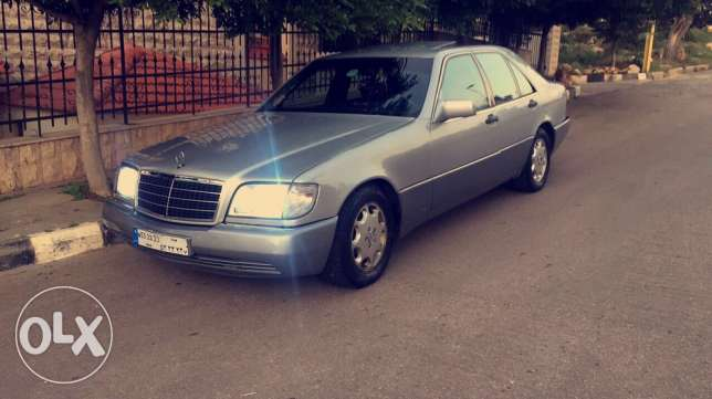 E 300 , Super clean , Very good conditions (interior & exterior) four fully loaded Airbags