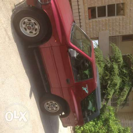 Opel frontera model 1998 very clean car mechanique paid btenkashaf