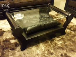 Middle table in excelent condition