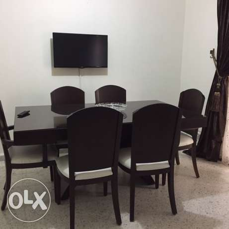 dinning table with 6 chairs هلالية -  1