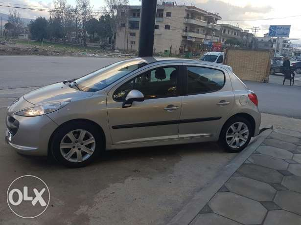 Peugeot 207 model 2008 special edition .