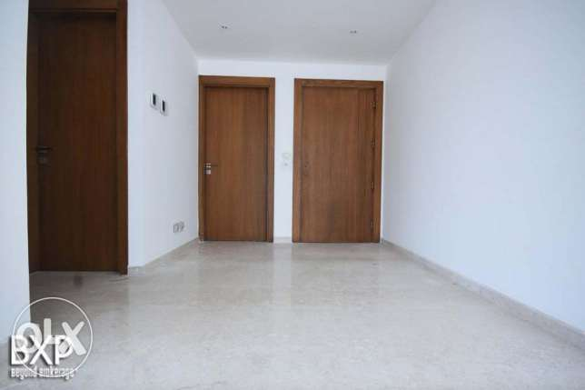 315 SQM Apartment for Rent in Beirut, Ain El Tineh AP4973