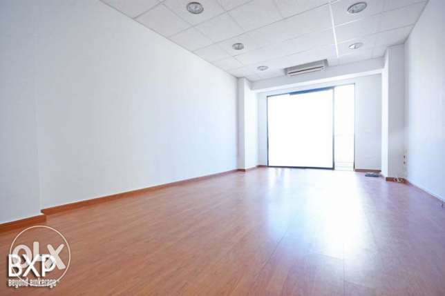 180 SQM Office for Rent in Beirut, Ain El Mraiseh OF5443 راس  بيروت -  6
