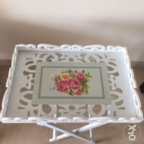 Wooden tray with stand