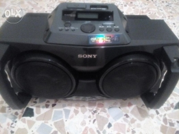 stereo+remote in good condition for sale