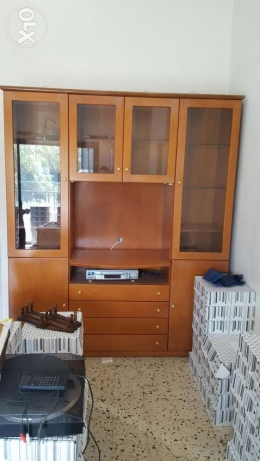 Wooden biblioteck in perfect condition for saale