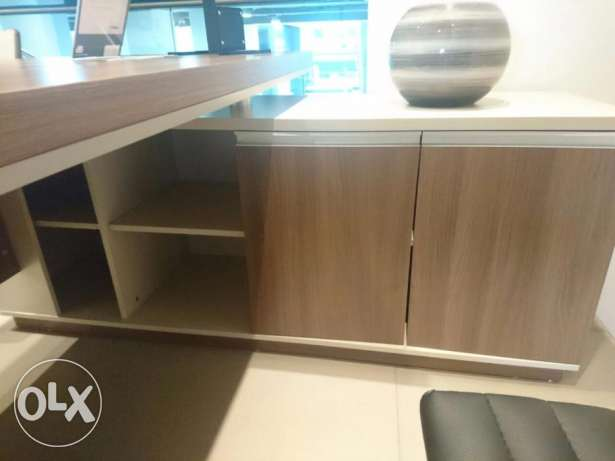 Office Furniture For Sale Like new كسروان -  3
