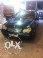 mercedes c 320 model 2001 , colour black full option