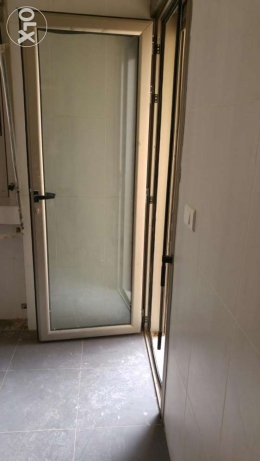 Porte aluminium with store new never used