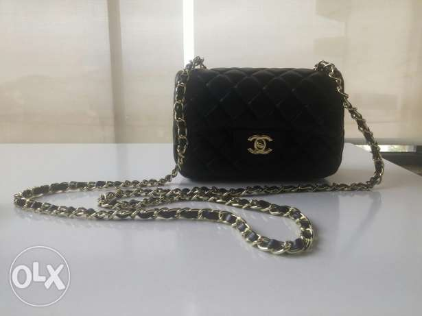 CHANEL Flap bag in black lamb skin