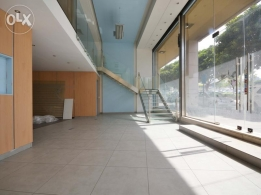 200 SQM Showroom for Rent in Beirut, Nejmeh Square RE3878
