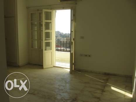 208 sqm apartment for sale in a traditional area in Baabda بعبدا -  5