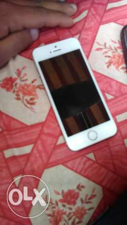 iPhone 5s 32gb bado baord bs 50$