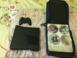 xbox 360 250 gb used 1 week only with cds