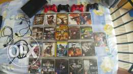 PS3 500gb + 4 original controlers+ 21 game + cables. Works like new