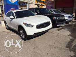 2009 Infiniti fx 35 premium package newly arrived