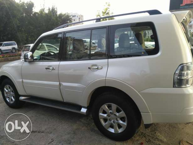 Mitsubishi pajero like new cars