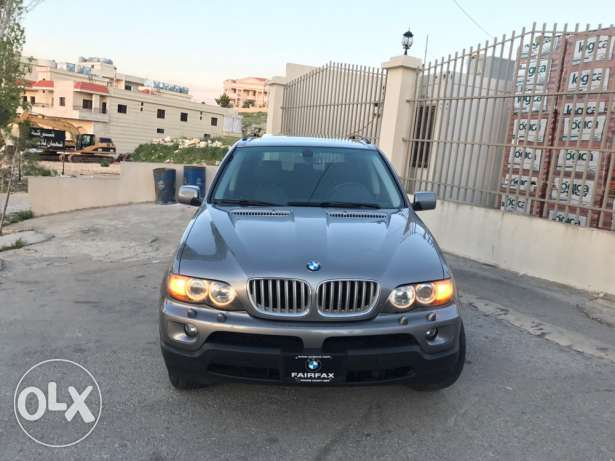 Bmw X5 model 2006 Very clean