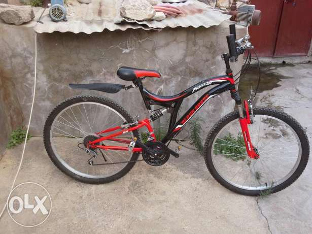 Black horse fighter bicycle in excellen condtion