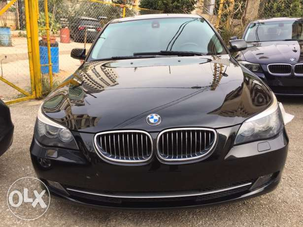 2010 BMW 538i clean carfax (mint condition)