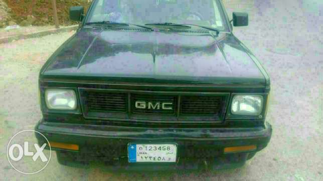 GMC JIMMY model 1988 Black motor 4.3 with special plate number عاليه -  1
