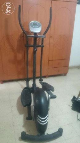Dk Fitness machine for arms &legs,good condition