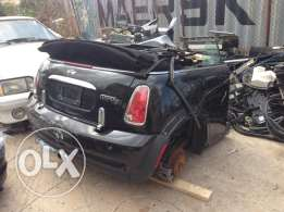 mini cooper S for parts only cut 1/2 usa