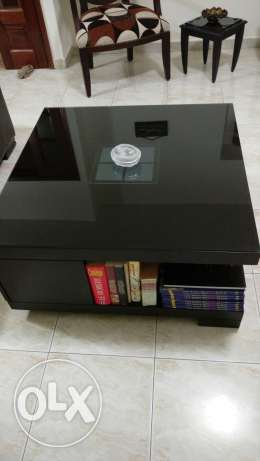 center table very good condition