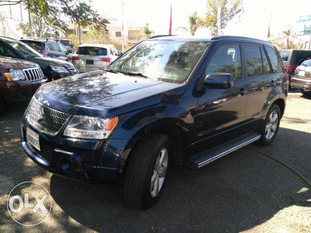 suzuki grand vitara 2010 full option clean carfax 4 cylinder عاليه -  1