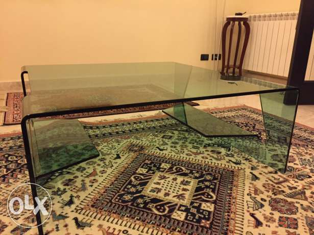 Glass table 1.00x1.00
