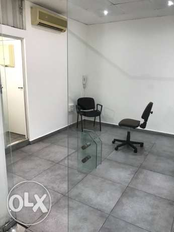 Office for rent in Jdeide el maten.