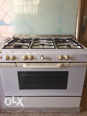 oven in a good condition