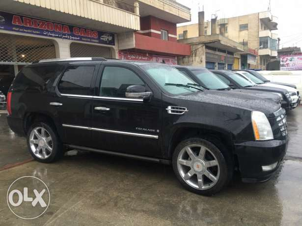 2008 Escalade fully loaded DVD Navigation7 seats *Today Arrival* البقاع الغربي -  1