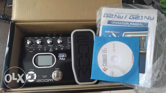 [Pedal] ZOOM Guitar effects and usb audio I/F Pedal WITH BOX+MANUAL+CD