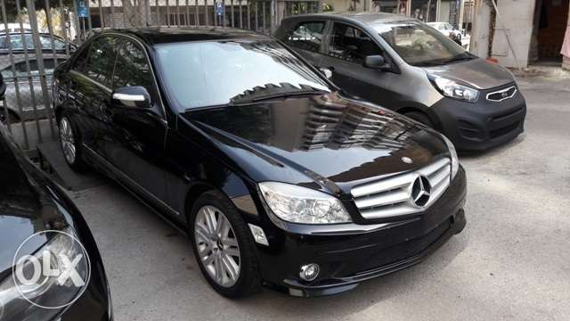mercedes c300,2008 clean carfax