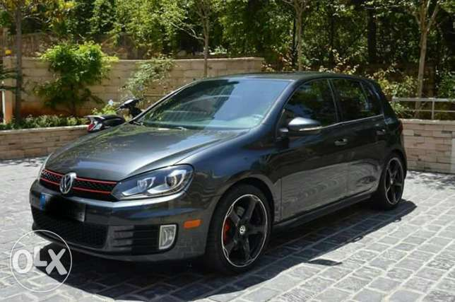 GolF 6 GTI mod.2010 // 60,000 miles ONLY !!