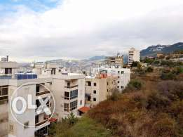 155 m2 apartment for sale in Zouq / Zouk (open sea and moutain view)