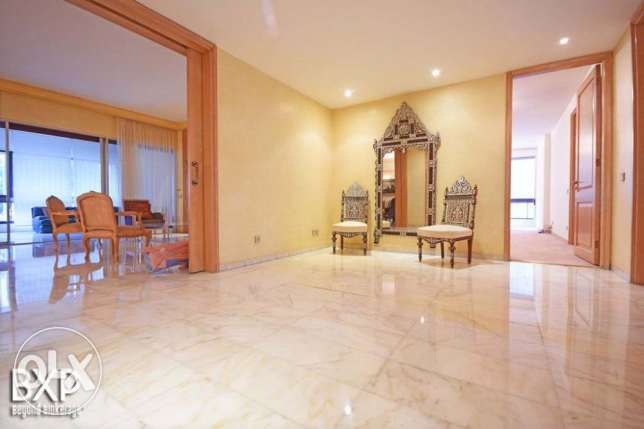 500 SQM Apartment for Sale in Beirut, Tallet Al Khayyat AP5447 فردان -  2