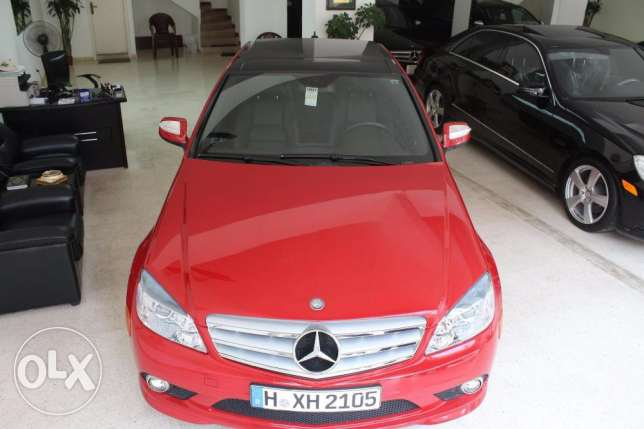 C300 red model2009 look AMG panoramic roof 5 new continental tires