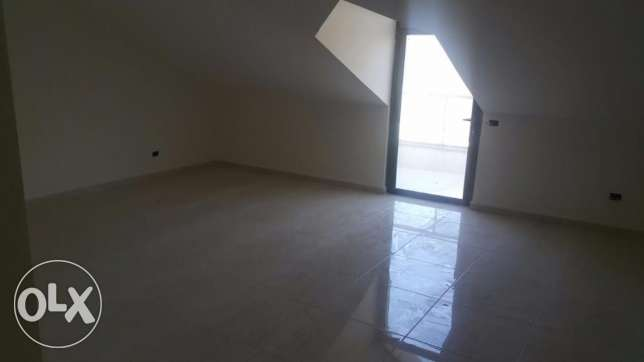 Appartment in Mazraat yashouh for rent بيت الشعار -  3