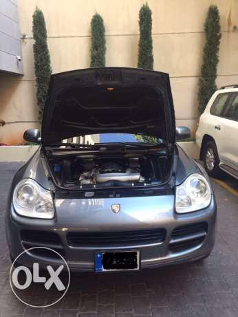 porsche cayenne-s Model 2005 for one owner very good condition فردان -  2