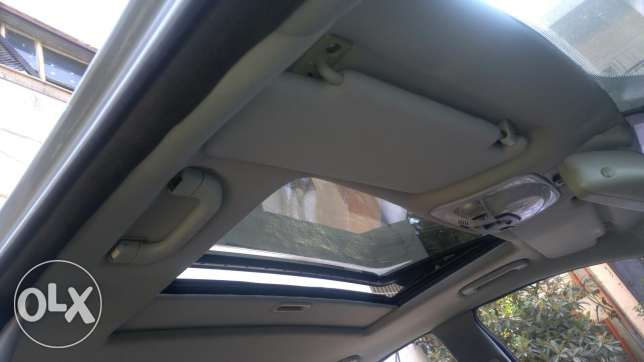 C230 kompressor full option sunroof 4 cylinder عكار -  4