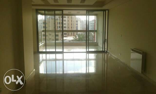 Apartment 170m2 For rent in Jal el Dib