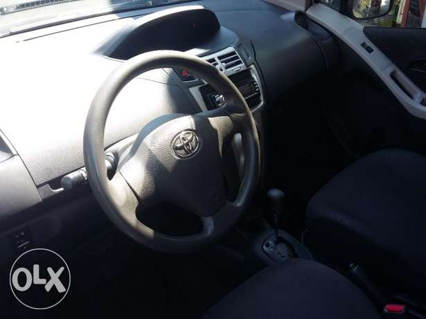 toyota yaris 2007 silver, full option, بوشرية -  5