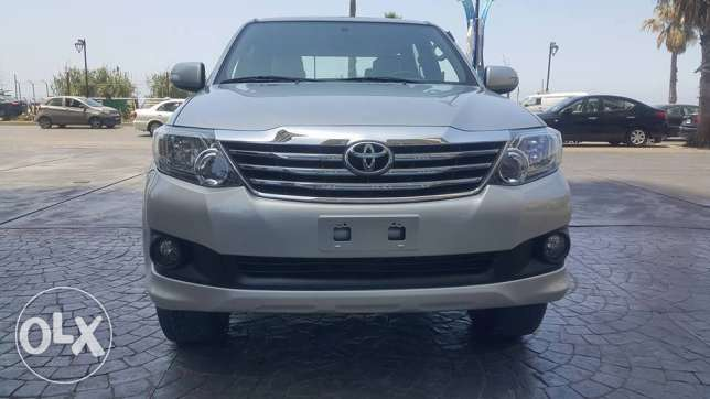 Toyota Fortuner 2012/Company source/No accidents
