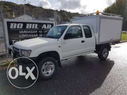 4 cylinders 1998, excellent , Toyota, Hilux, four wheel drive